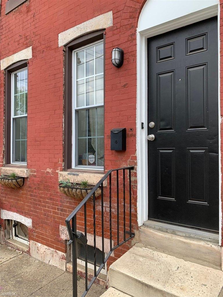2038 N Darien St, Philadelphia, PA 19122