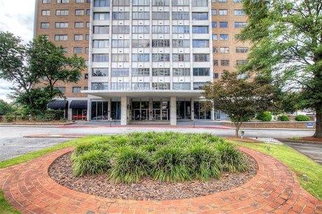 215 Piedmont Ave NE Apt 1501, Atlanta, GA 30308