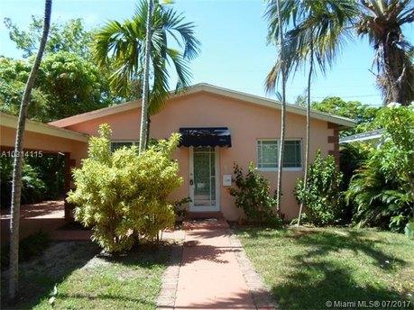130 Oak Ave, Coral Gables, FL 33133