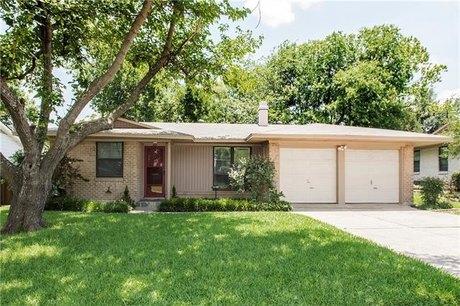827 Warren Way, Richardson, TX 75080