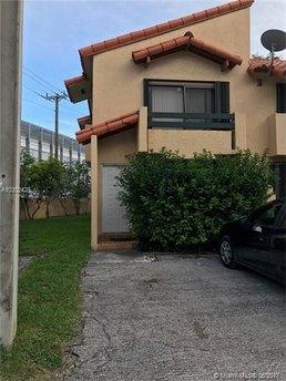 10073 SW 77th Ct, Miami, FL 33156