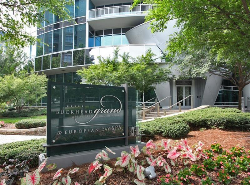 3338 Peachtree Rd NE Apt 2402, Atlanta, GA 30326