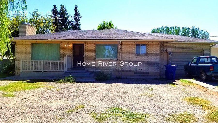 3258 1st St, Idaho Falls, ID 83401
