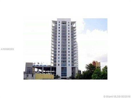 10 SW South River Dr Ph 15I, Miami, FL 33130