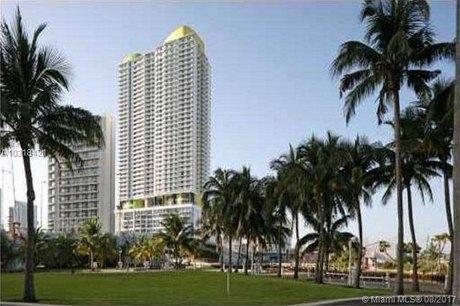 185 SW 7th St Apt 4003, Miami, FL 33130