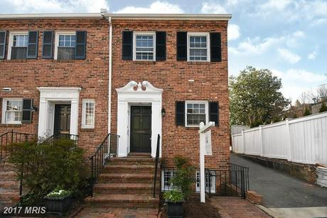 3422 Dent Pl NW, Washington, DC 20007