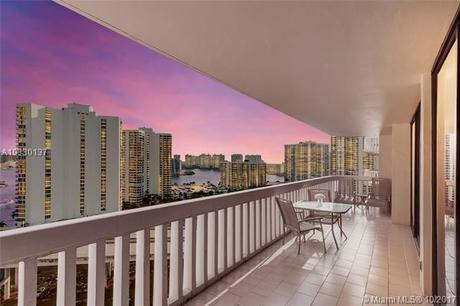 19355 Turnberry Way Apt 17F, Aventura, FL 33180