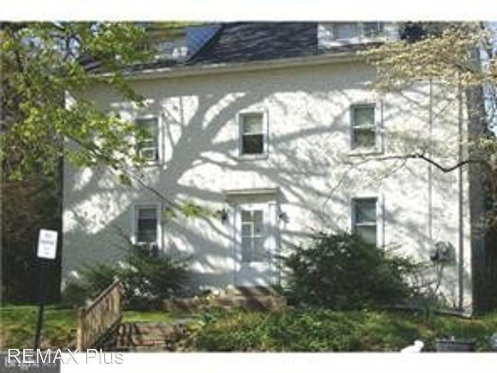 526 S Eagle Rd, Havertown, PA 19083