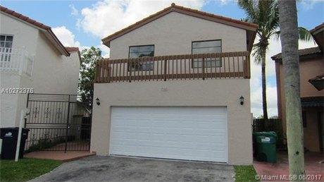 1085 SW 134th Ct, Miami, FL 33184