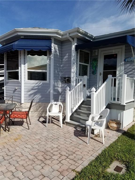 794 Nettles Blvd, Jensen Beach, FL 34957