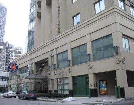 111 W Maple St Apt 1409 Chicago, IL 60610