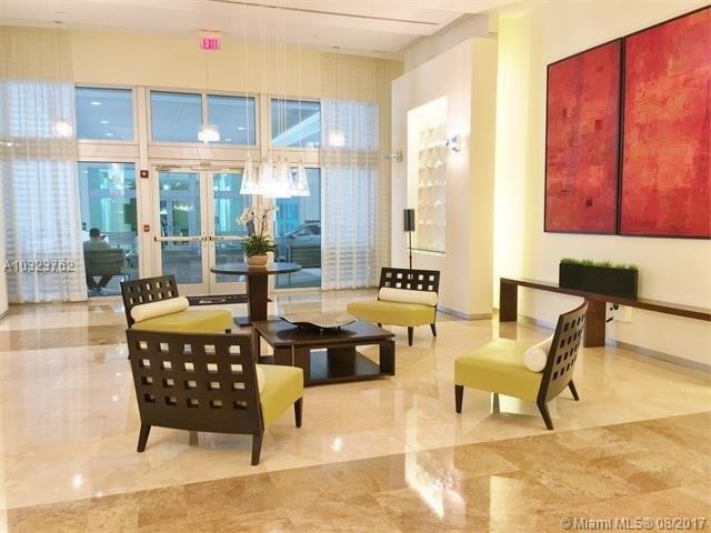 9055 SW 73rd Ct Apt 909, Miami, FL 33156