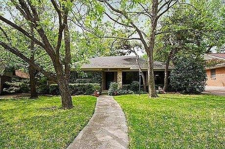 1113 Greenway Dr, Richardson, TX 75080