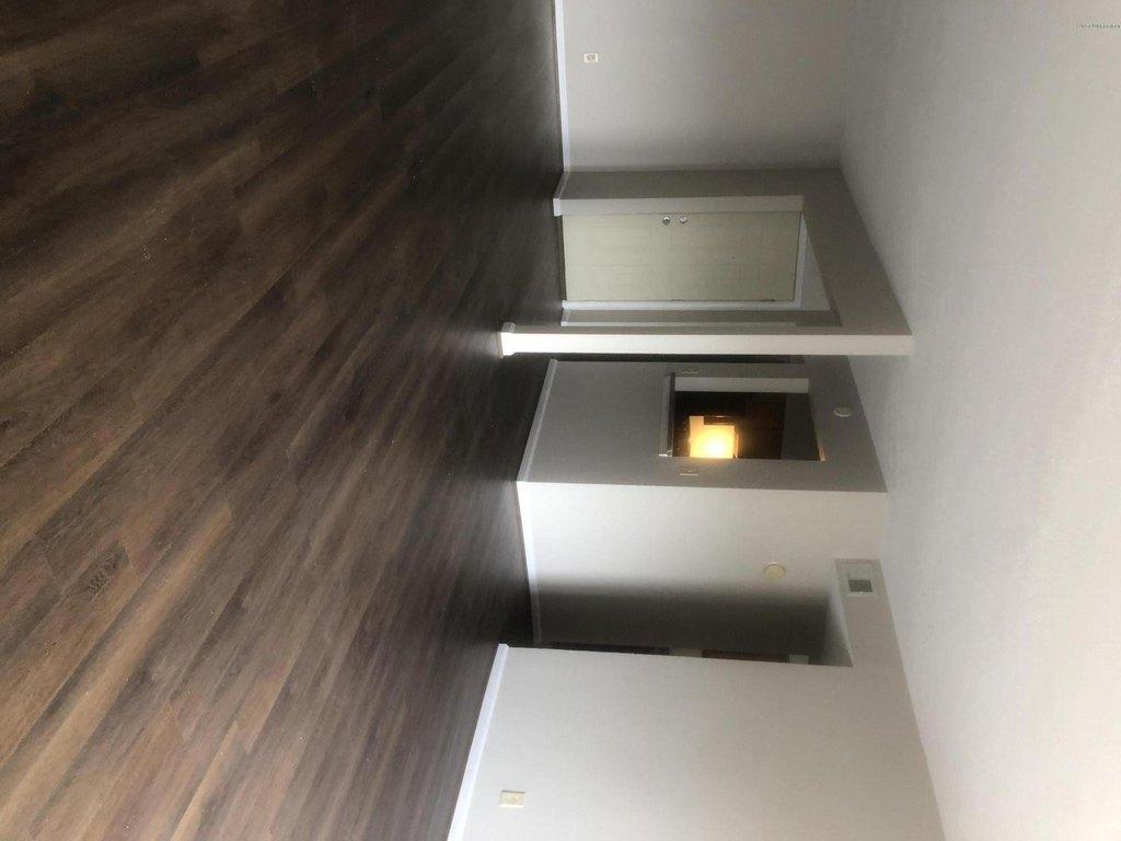 705 LA Fontenay Ct, Louisville, KY 40223