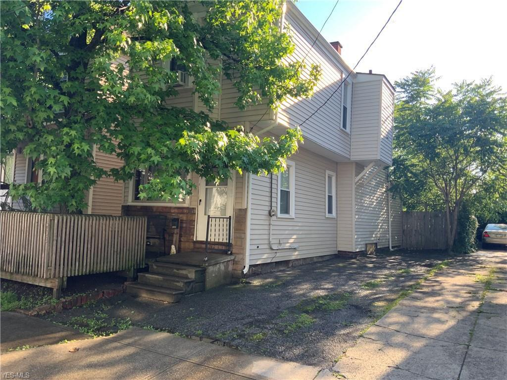 1952 E 124th Pl, Cleveland, OH 44106