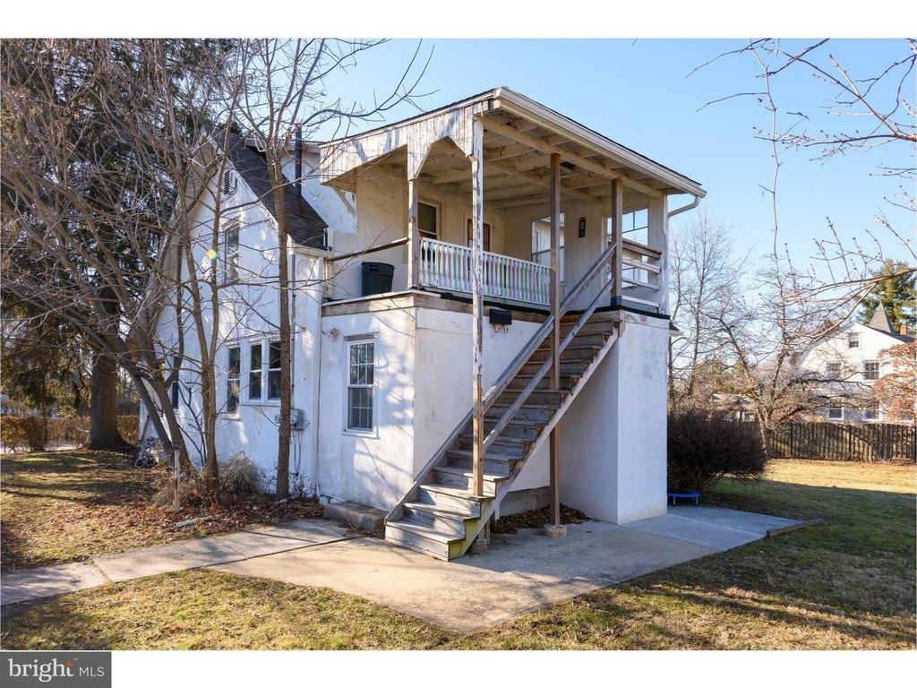 15 Duffryn Ave Unit 2ND, Malvern, PA 19355