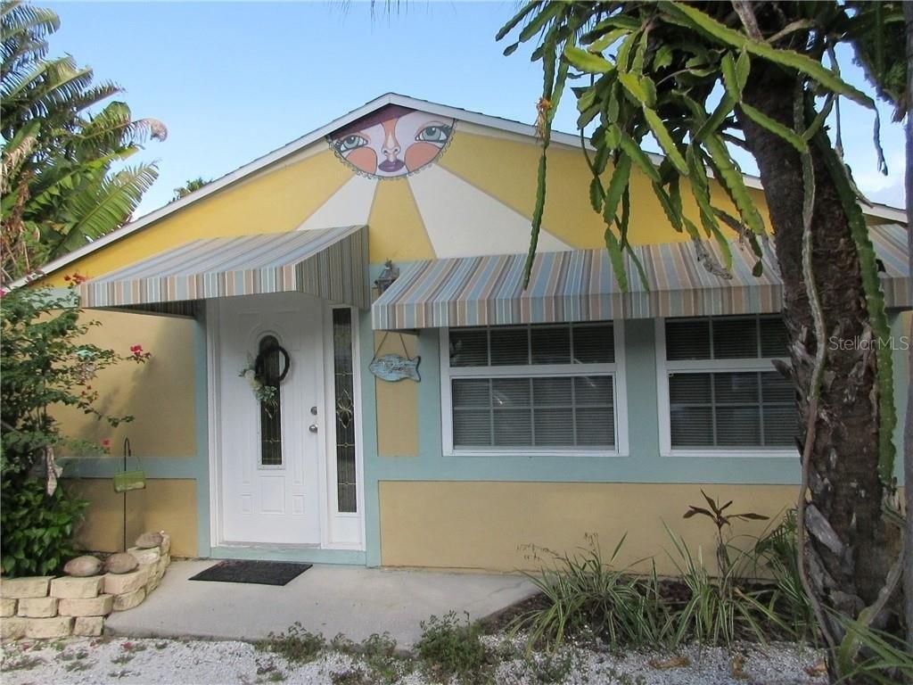 122 121st Ave, Treasure Island, FL 33706