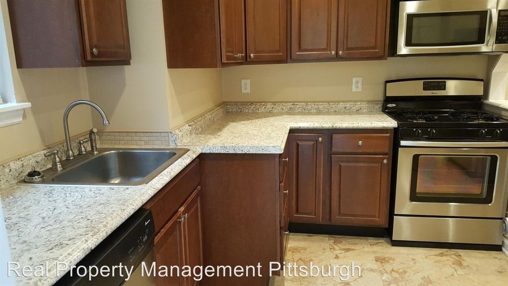 757 Chislett St, Pittsburgh, PA 15206